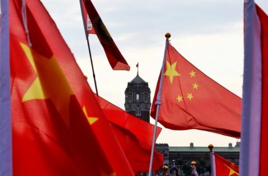 台湾这所民宅多年坚持高挂五星红旗:盼两岸尽早统一_钟年勋