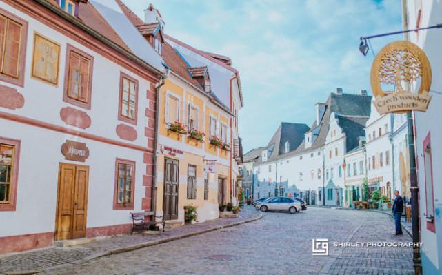原创             我们的周庄西塘让人失望,其实那些热门的欧洲最美古镇也没好哪去