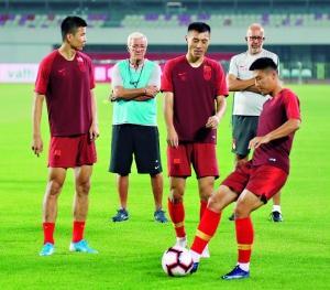 世预赛直播:中国男足VS关岛 视频直播地址