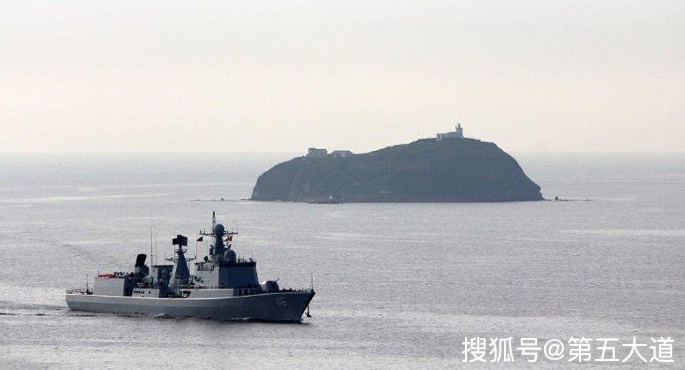 """""""太原舰""""导弹驱逐舰抵达日本,"""