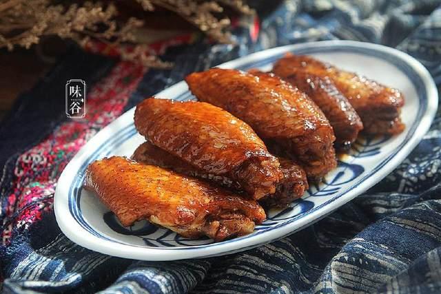 只用电饭锅就能搞定的可乐鸡翅,做法简略,吃过都说好!