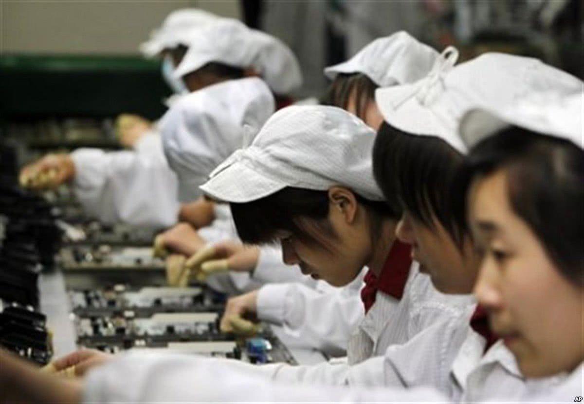 年轻人不肯到工厂打工,究竟是因为什么呢?