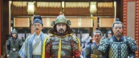 当年赵匡胤杯酒释兵权,却唯独漏掉一人,15年后此人篡位称帝