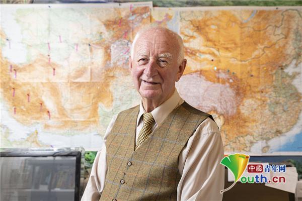 84岁探险家的环球之旅:足迹遍布6大洲52个国家
