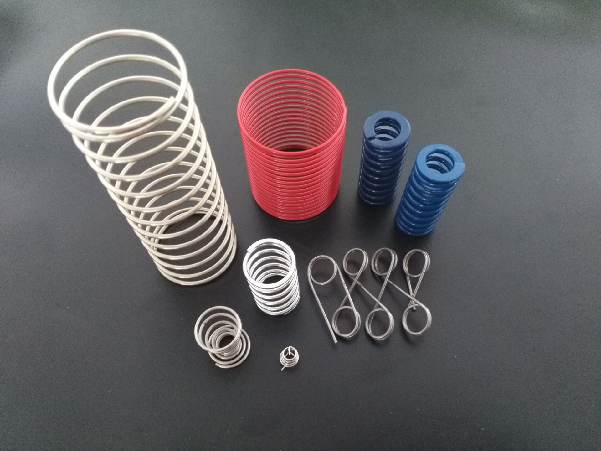 弹簧供应商应注重弹簧品质