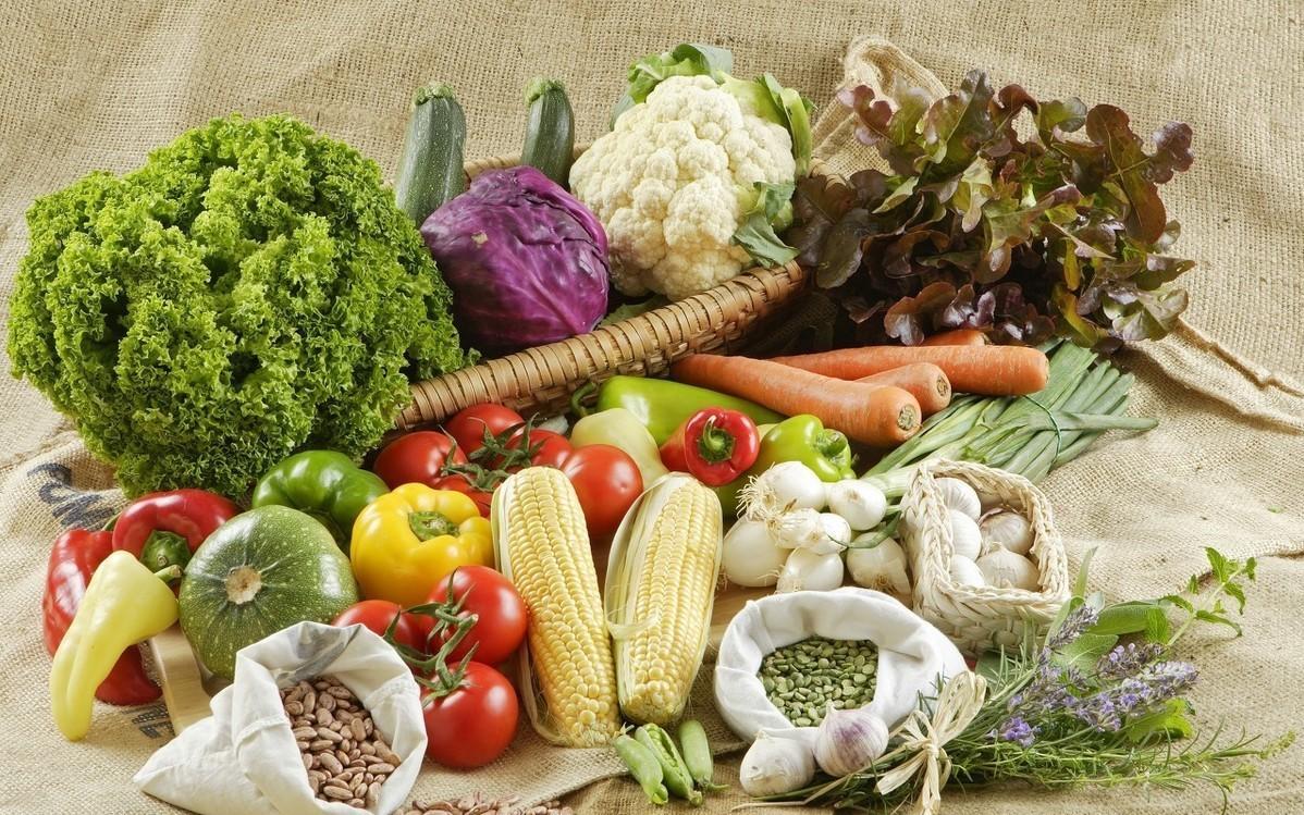 """有人说高血压患者,在餐桌上""""食色""""可以养生,指的是什么"""