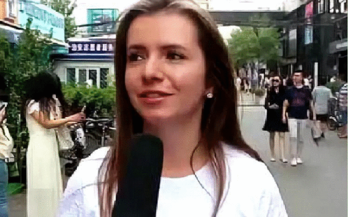 街头访问: 美国人最羡慕中国的是什么? 听听这位美国姑娘咋说!
