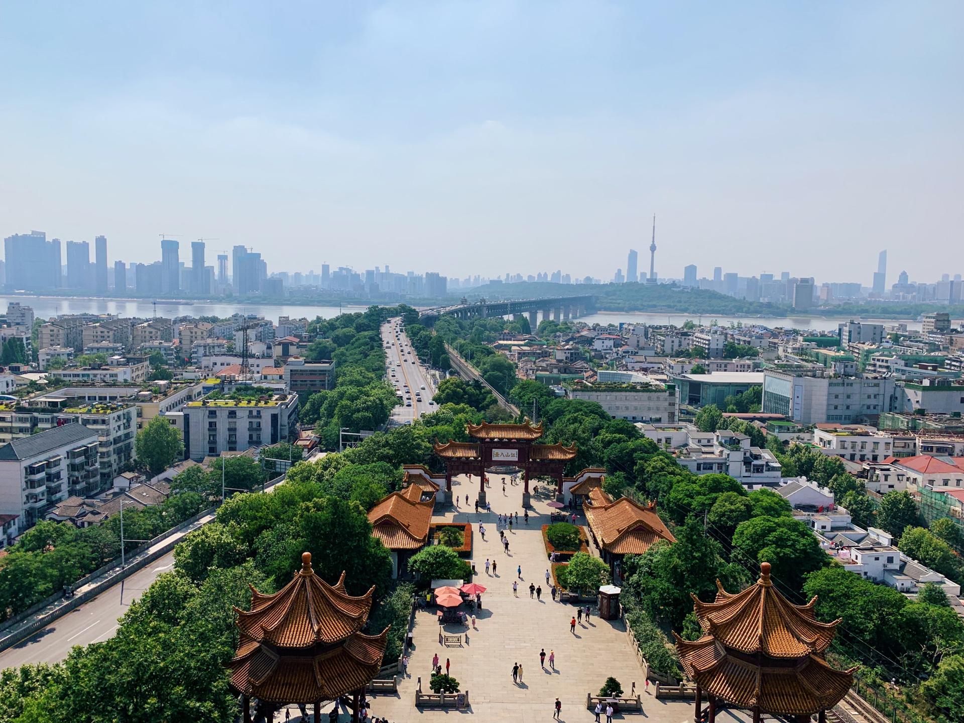 光谷gdp_每日新增98家企业中国光谷首位度提升GDP增速领跑全市