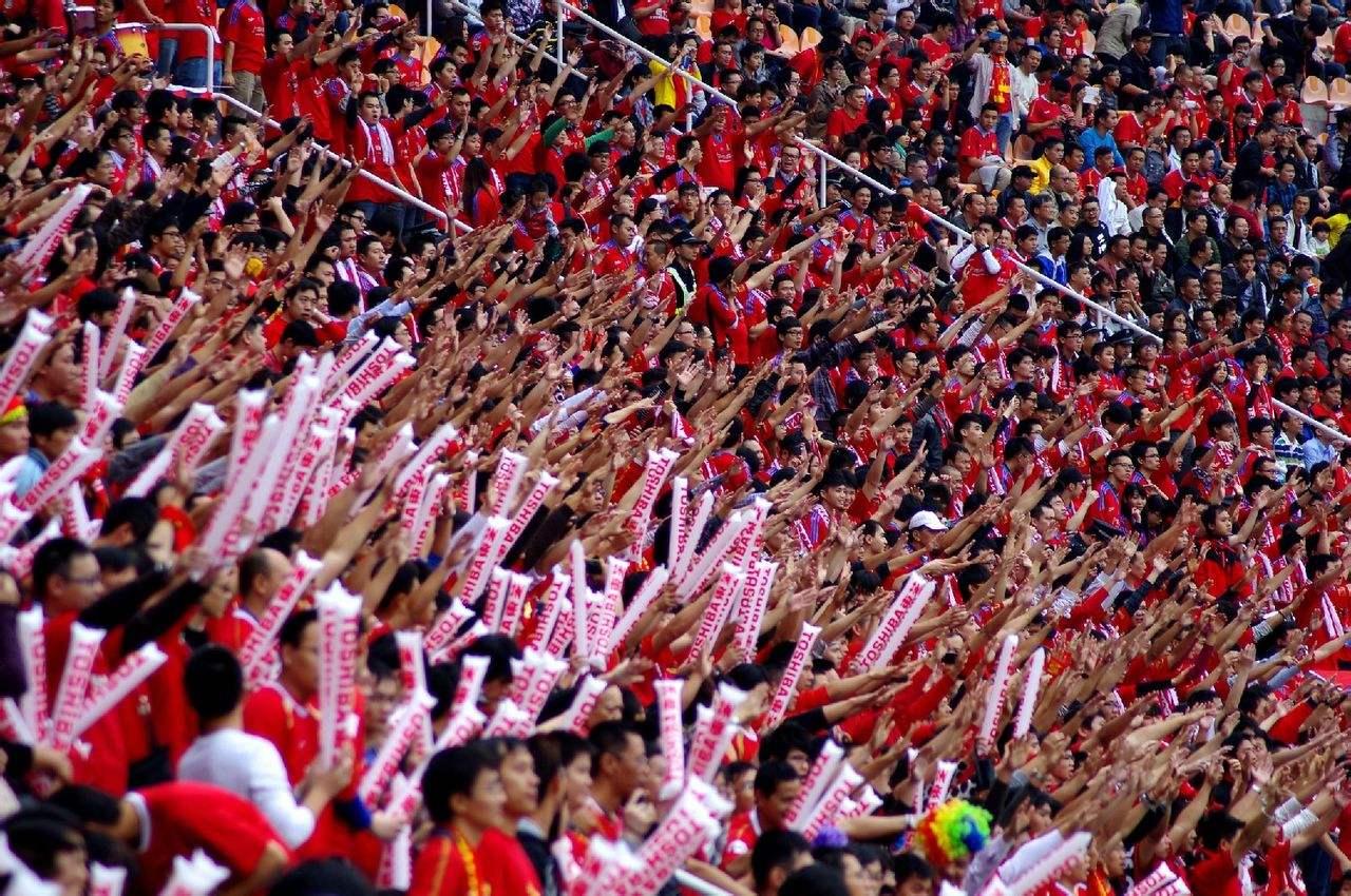 为什么广州是福地,里皮希望以后所有国足比赛都放在广州?_黄飞龙