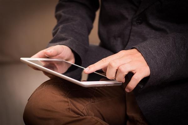 苹果新iPadPro细节曝光:后置浴霸三摄本月底发布