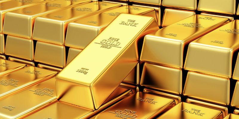 """有人赚30% 有人久囤观望 黄金价格飙升 """"中国大妈""""跟不跟?"""
