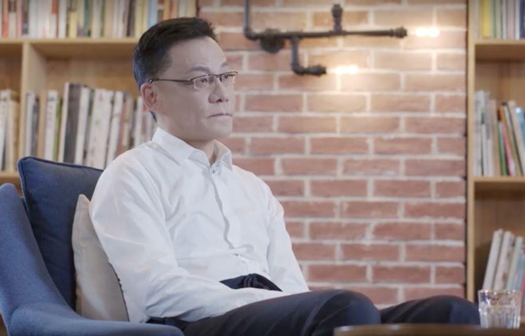 """当当网创始人李国庆摔杯  """"夫妻店""""创业艰辛却遭""""逼宫""""出局?"""
