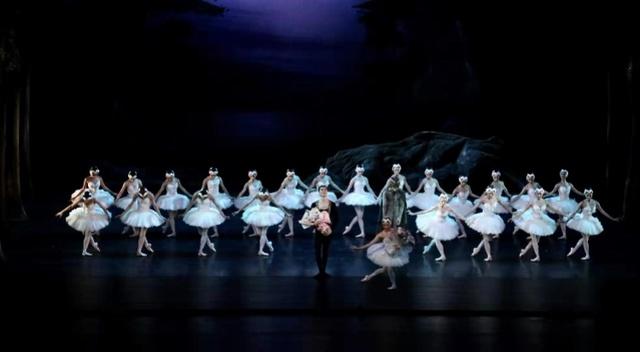 《天鹅湖》开启深圳坪山大剧院首演季 ,国内外好戏将接连登场