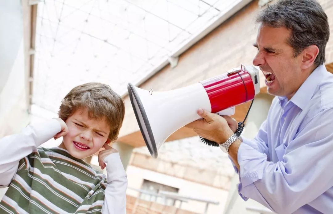 这5句话无论如何也别对孩子说!会伤害他一生