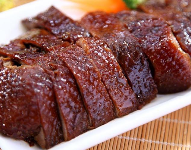 """网评湖南""""最够味""""的4种特产,酱板鸭上榜,图四老外想打包回国"""