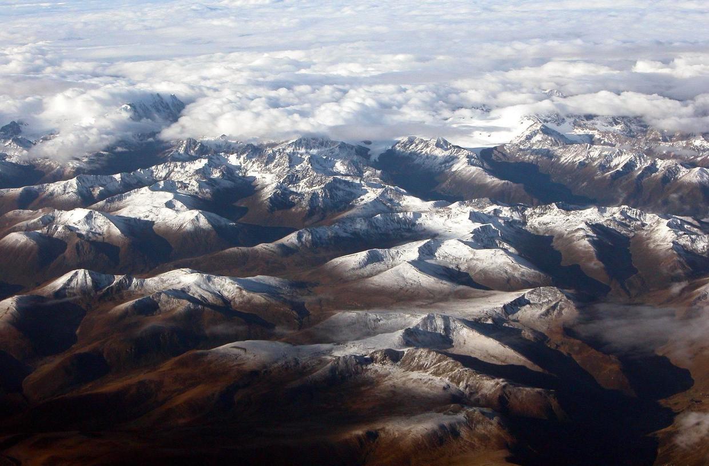 """原创             被称为""""世界屋脊""""的青藏高原,其海拔高度是否还在增加?"""