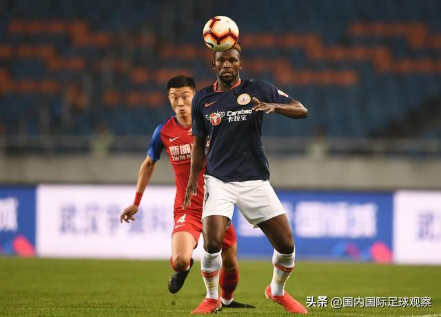 广州恒大0-4对手:艾克森缺阵!北京人和VS重庆斯威:土哨执法