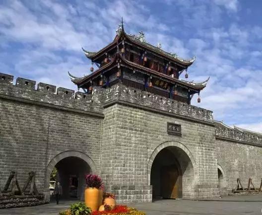 原创             这才是四川最美最值得去的10个地方,终于整全了
