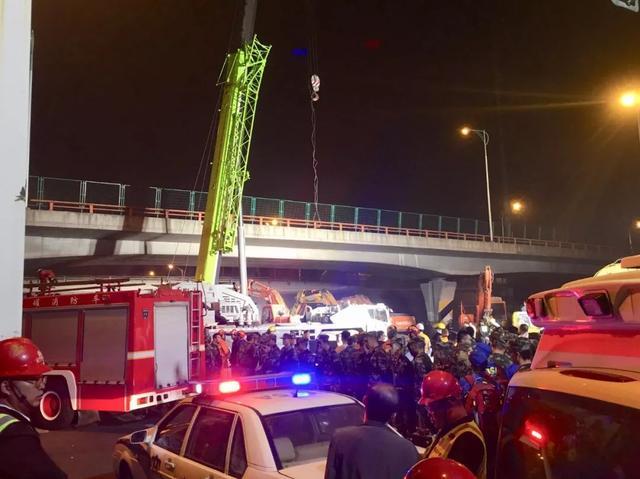 无锡高架桥侧翻事故致3人死亡事故原因系运输车辆超载