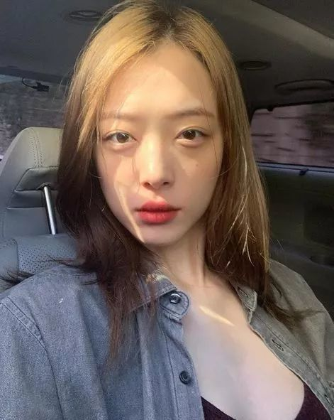 韩国女神崔雪莉自杀身亡!警方称收到死亡申告,消息已确认