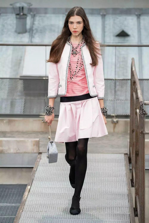 香奈儿(Chanel)巴黎时装周2020春夏高级成衣系列发布!