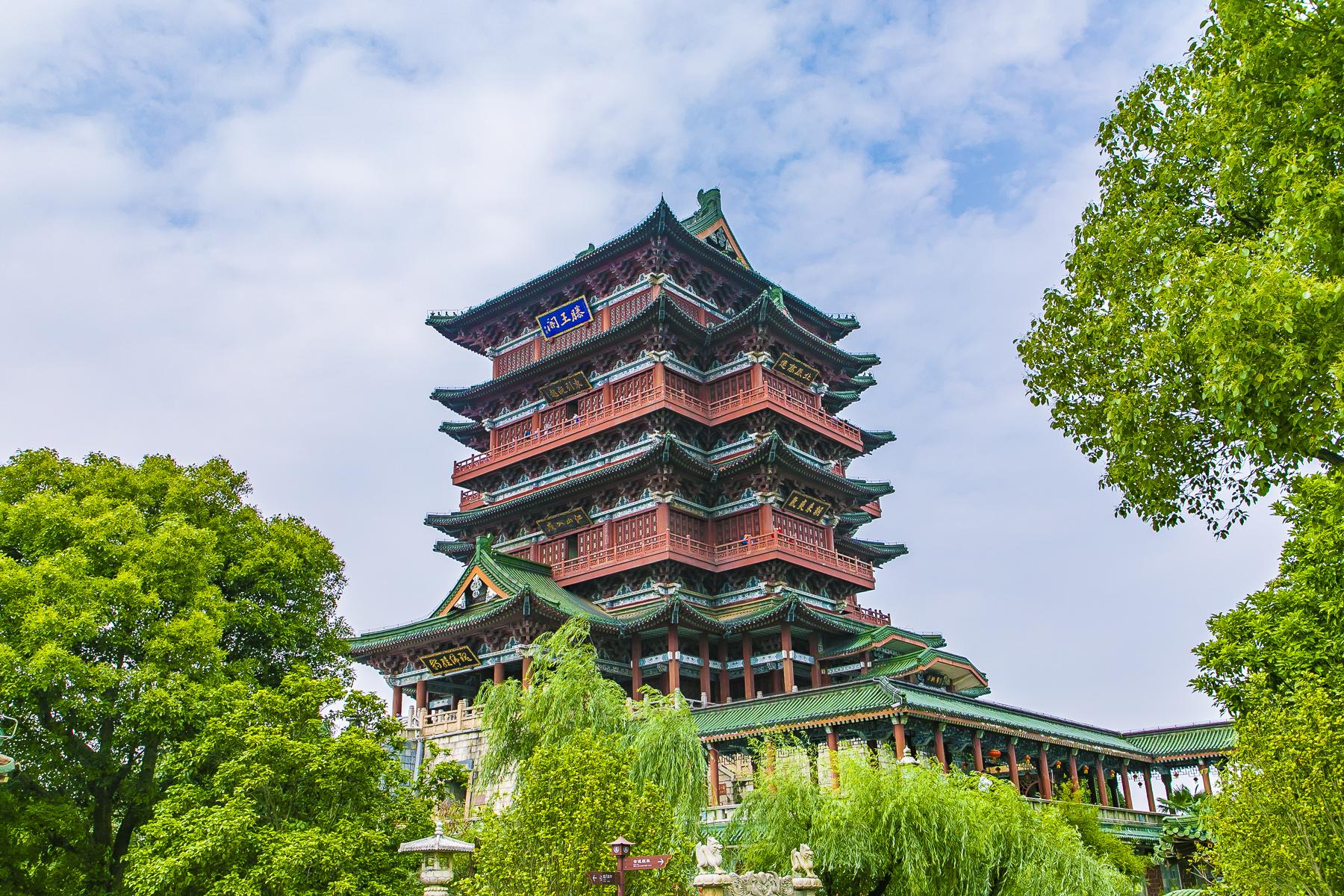 重建29次早已不在原址,号称江南三大名楼的滕王阁,竟是假的!