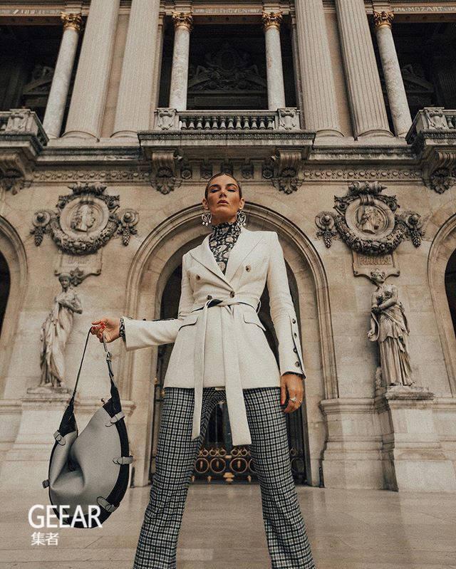 原创             中性穿搭又想显腰细?时尚女生示范,这款西装外套能两全其美!