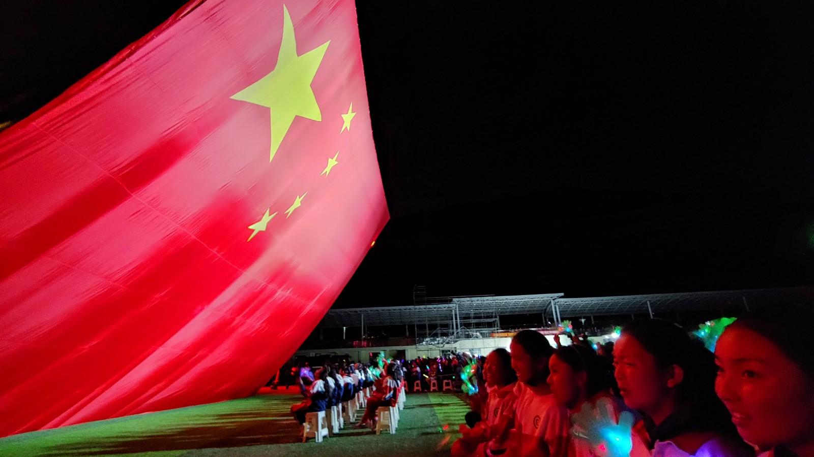加查县:第八届达布文明旅游节精彩演出