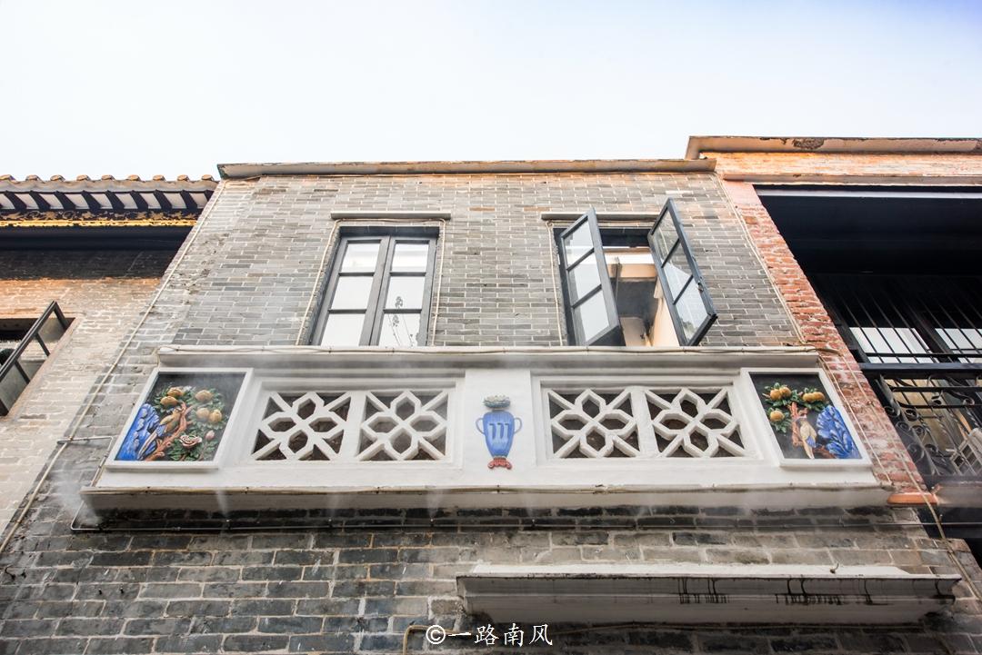 原创             广州老街巷里藏着李小龙祖居,他却没有居住过,现成旅游胜地!