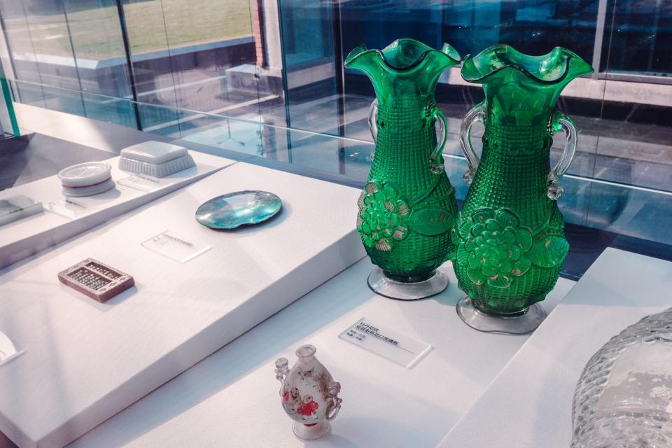 原创             中国首家玻璃厂投资130万两银子,为何仅存活10年?晶世界有答案