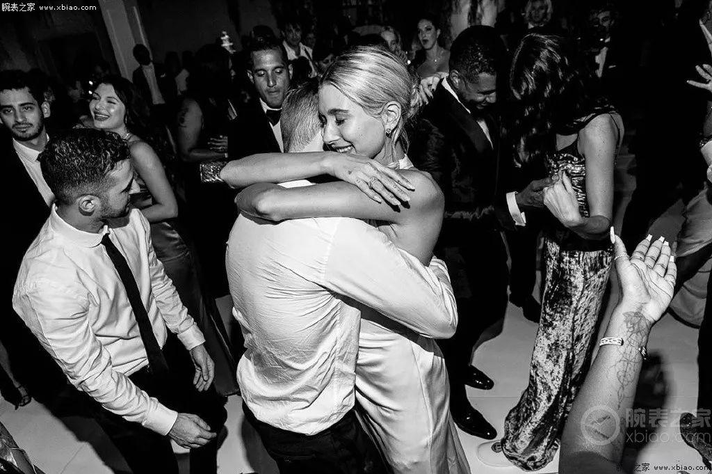 贾斯汀·比伯|25岁的爱情,46万的爱彼