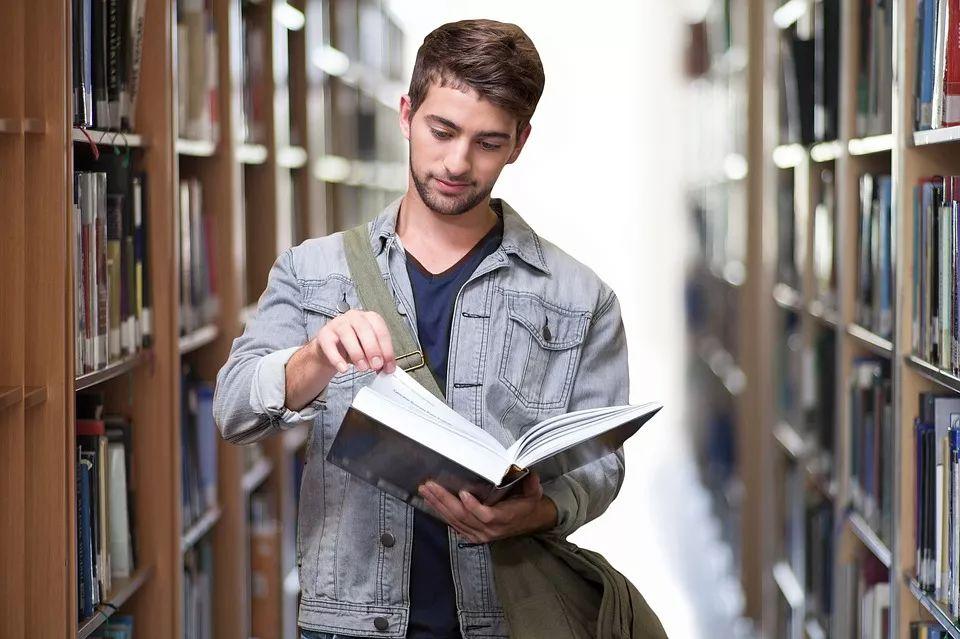 留学压力大,什么样学生适合留学?看赴美国留学的王源就知道了!