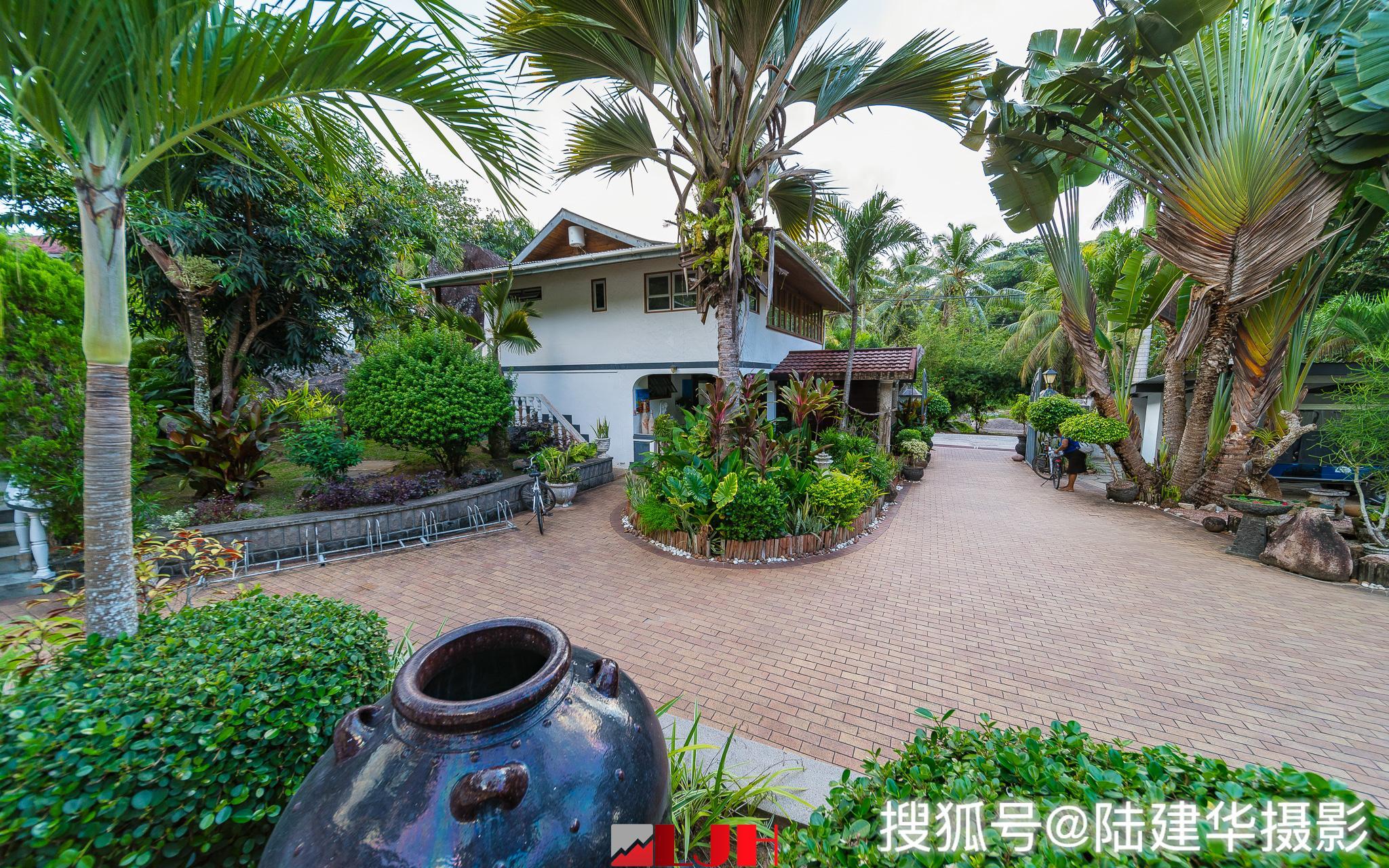 原创             去塞舌尔拉迪格岛旅行,不住海景房,住在一个植物园