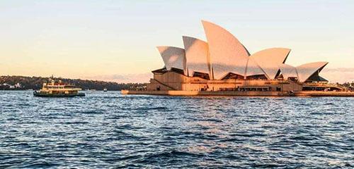 去澳洲留学,读市场营销专业哪个学校好?