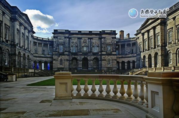 英国爱丁堡大学商学院分轮递交截止及出结果时间