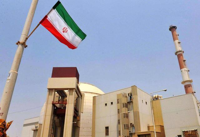 关键时刻,伊朗核武器计划浮出水面,白宫立即改口:不会主动开战