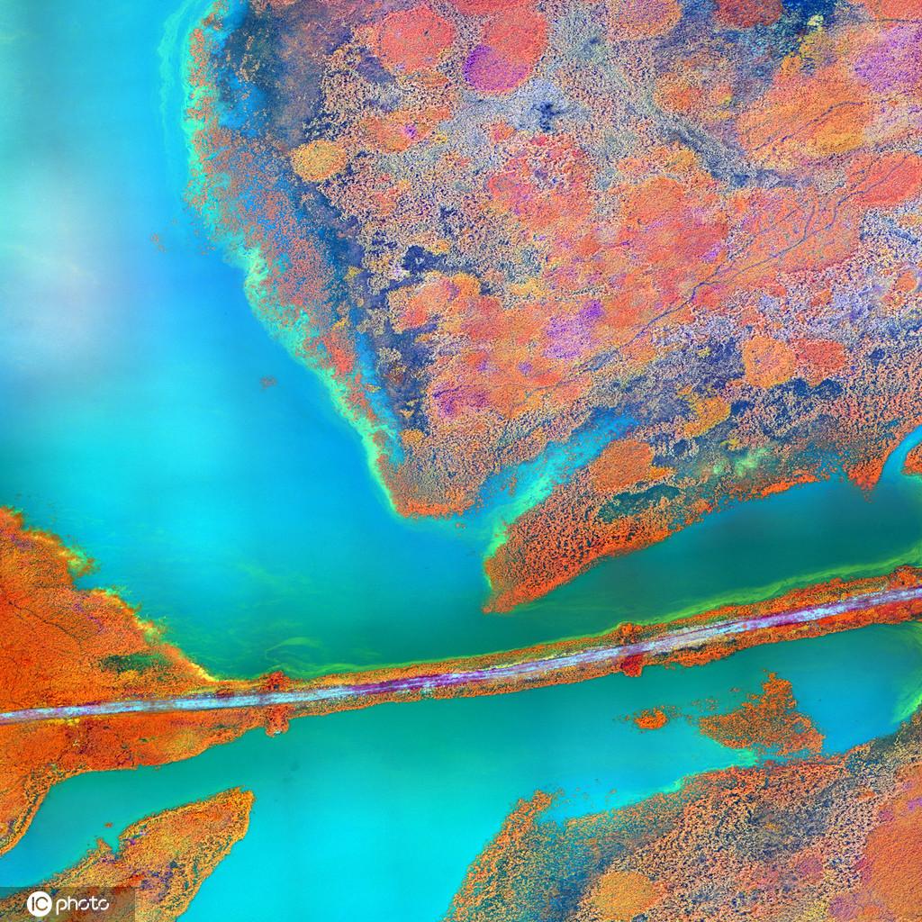"""卫星""""天主视角""""拍地球奇景 色彩斑斓美如油画"""
