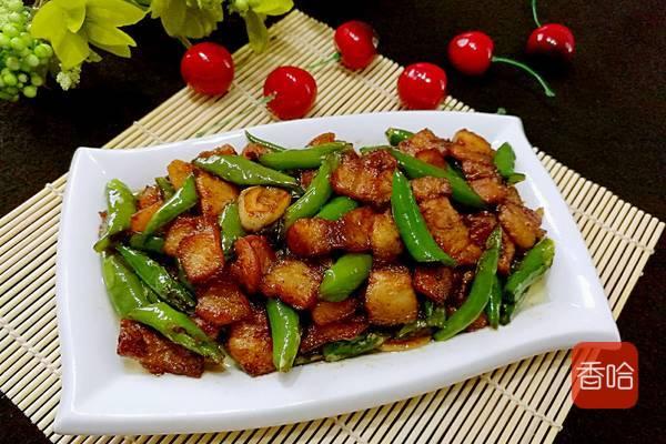 五花肉和它是绝配,又辣又香,上桌就被家人抢光,比红烧肉好吃