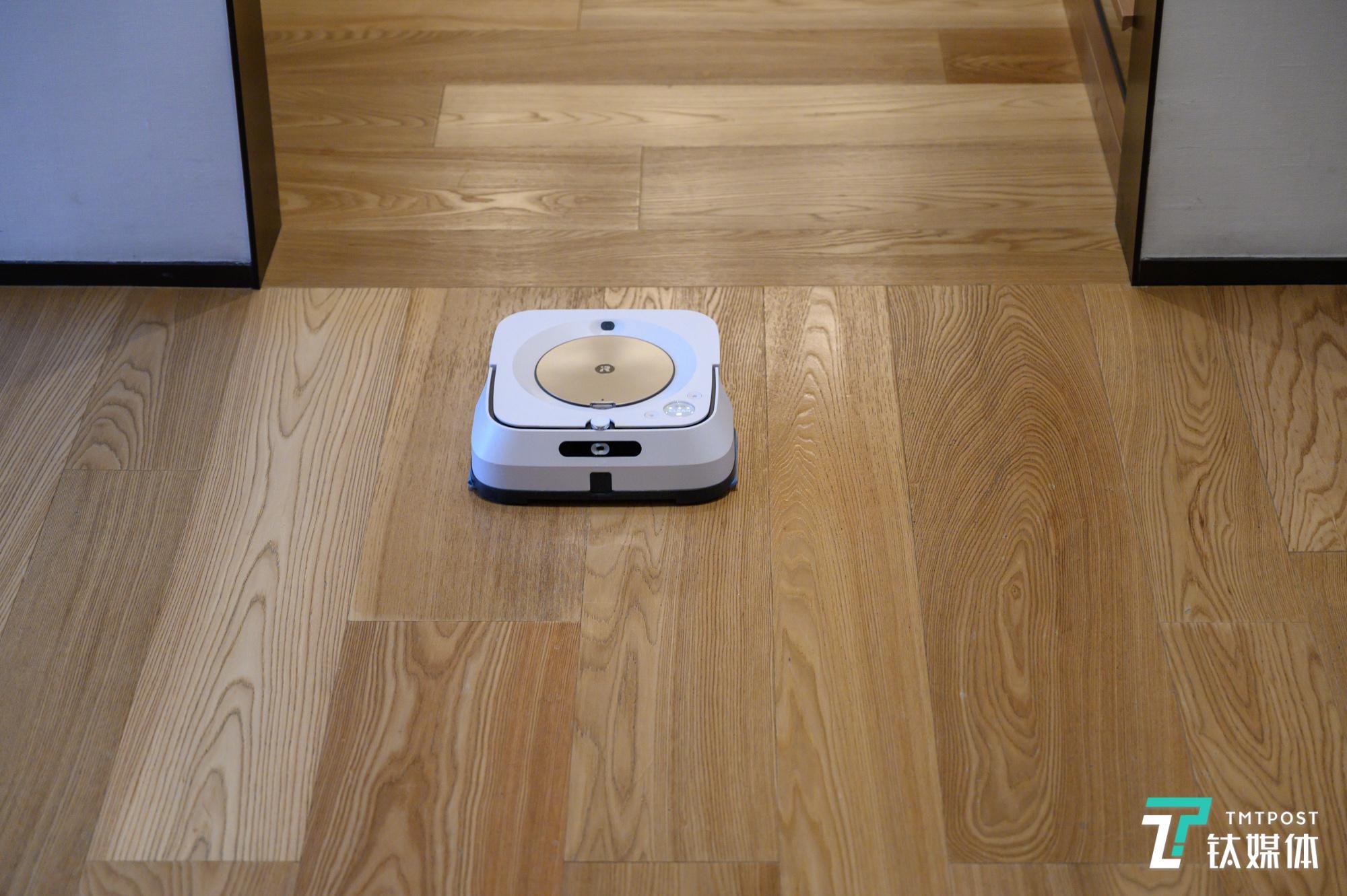 首发搭载Imprint 互联手艺,i挖走Robot公布Braava jet m6 擦地机械人 | 钛快讯