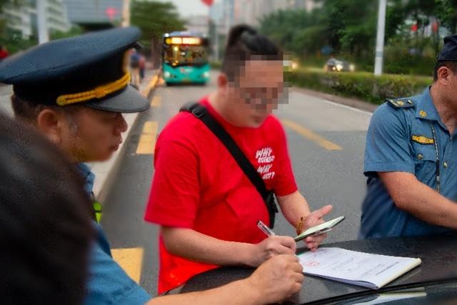 罚50元!深圳开出内地首张电子烟罚单,世卫组织都表示支持