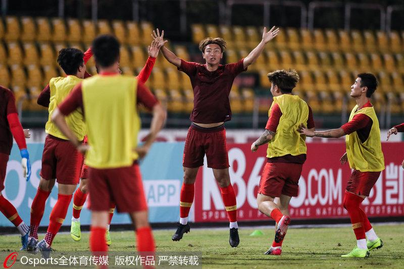 高清:中國男足踩場熱身 世預賽40強賽将客場戰菲律賓隊