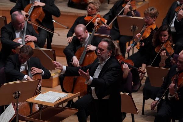 夏伊指挥马勒《第六交响曲》:这不是悲惨剧,而是英豪的战歌