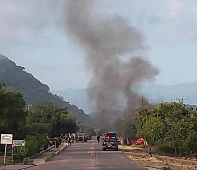 墨西哥警察遭毒販伏擊 緻14死20傷