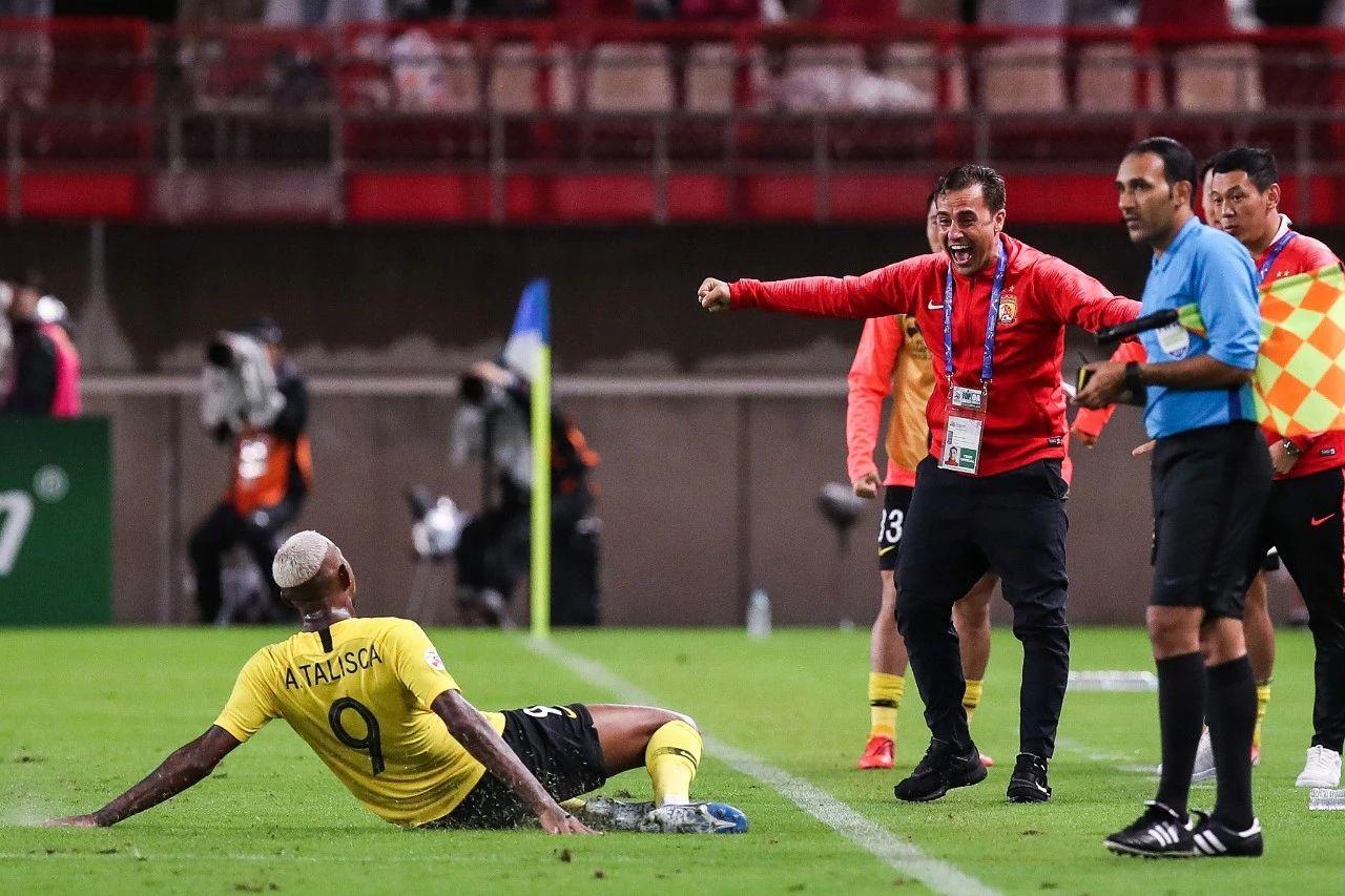 原创             卡纳瓦罗该笑了,广州恒大两王牌落选国足名单,联赛亚冠再无借口