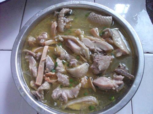 墨鱼炖鸡什么时候放盐多数人做错,难怪汤淡无味