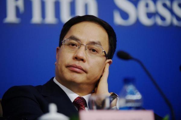 """李河君回应汉能欠薪称自己不会""""跑路"""",实则已被限制出境"""