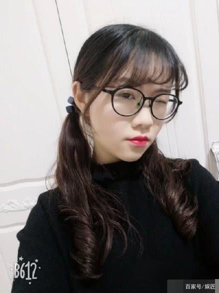网曝李心草女室友压力巨大!一直没回学校,希望大家能理性!