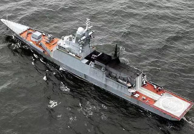 俄军神盾舰现身黑龙江,2000多吨就能装相控阵雷达,也算是个传奇