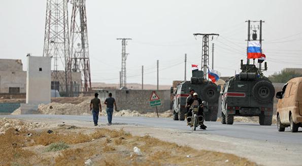 美军撤离后,俄军首次进入叙利亚曼比季巡逻3小时
