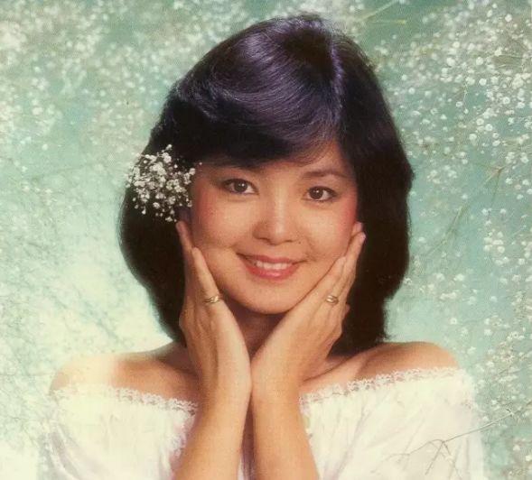 邓丽君逝世24年后再上热搜 甜美人设变成段子手 娱乐 热图2